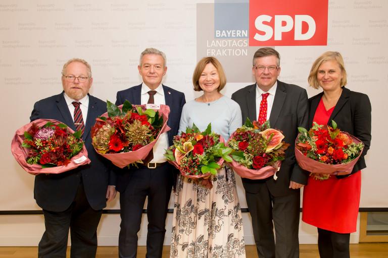 V.l.: Klaus Adelt, Horst Arnold, Margit Wild, Volkmar Halbleib, Simone Strohmayr